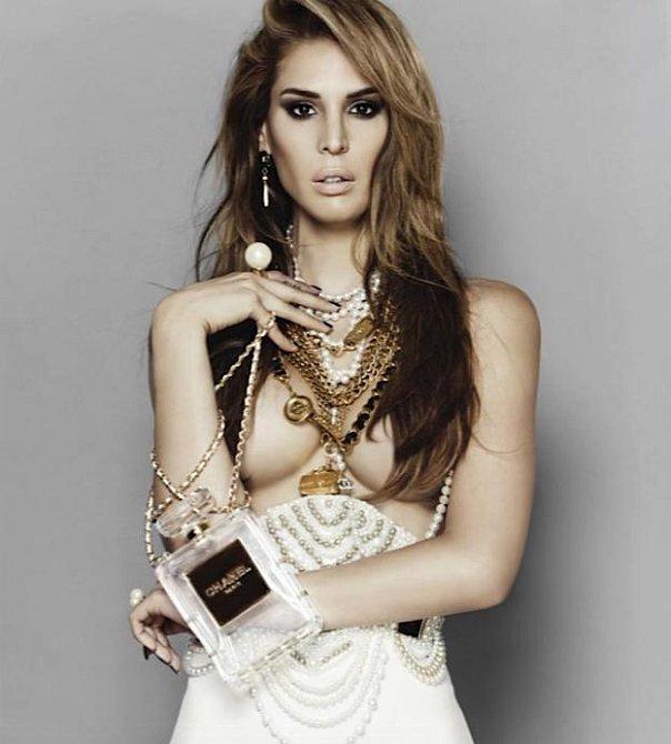 Carmen Roman, je spíše známá pod svým uměleckým jménem Carmen Carrera.
