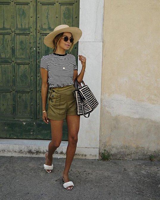 I krátké kalhoty mohou vypadat šik.
