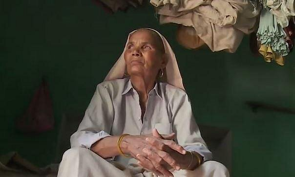 Smrt dcery nese Omkari dodnes velmi těžce. Malá Barsaat prý dostala prošlý lék...