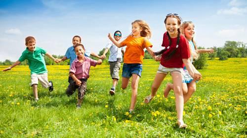Děti a léto: Kde všude číhá nebezpečí?