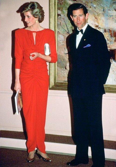 Dlouhé červené šaty oblékla Diana mnohokrát.