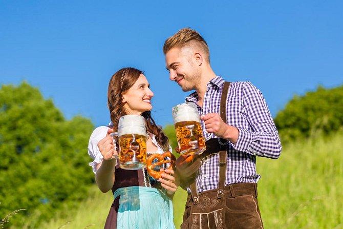 Německo: muži - 82, ženy - 68 kg