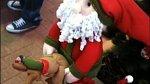 Další ne/povedená vánoční výzdoba v obchoďáku.
