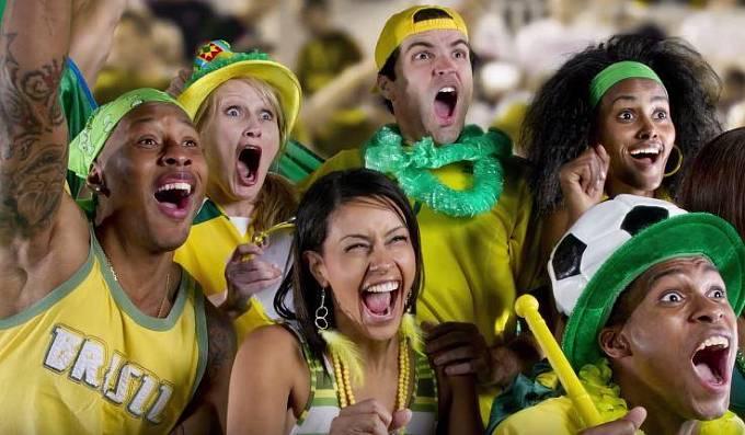 Lidská rasa bude v budoucnu vypadat podobně jako Brazilci dnes. Vlivem míšení ras zmizí modré oči, pihy a blonďaté vlasy.