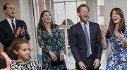 Členové britské královské rodiny se umí od srdce zasmát