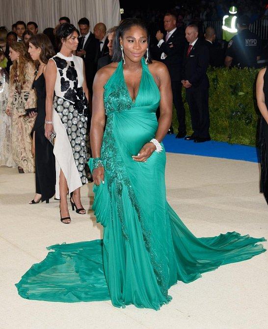 Serena Williams se pochlubila těhotenským bříškem.