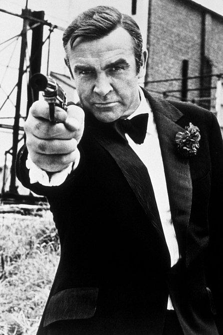 Jmenuji se Bond. James Bond.