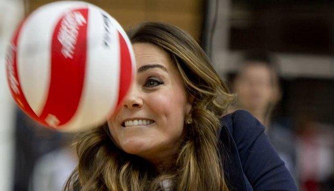 Kate se v době studií věnovala tenisu, hokeji, basketballu a atletice. I dnes často sportuje, což je na její postavě jasně patrné.