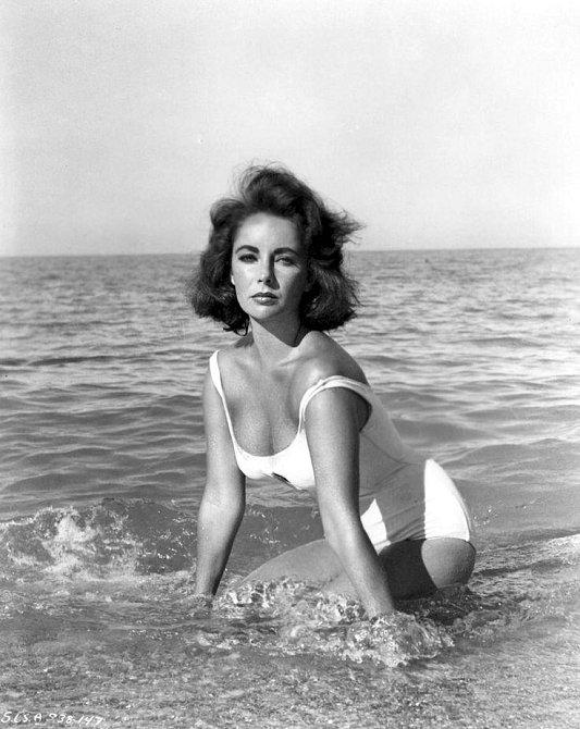 1950 - Elizabeth Taylor