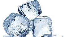 Ilustrační foto - kostky ledu