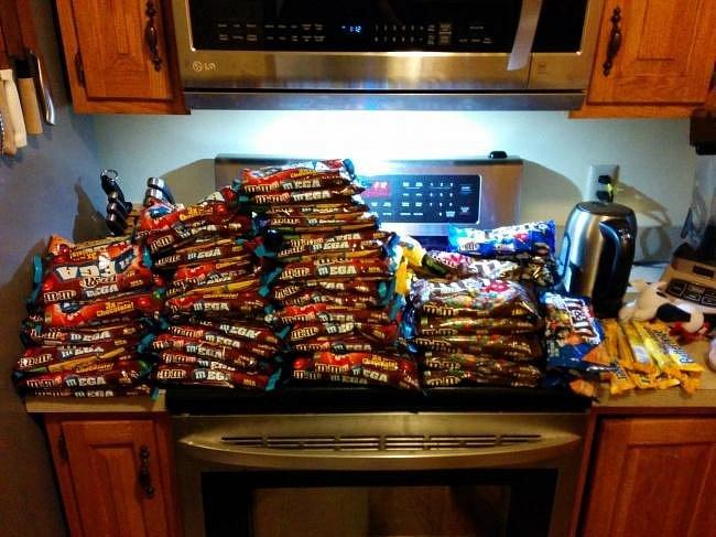 Když jste na dietě a váš spolubydlící udělá nákup...