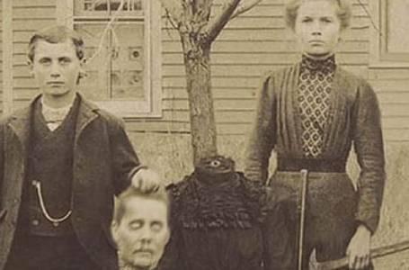 BIZARDNÍ HISTORICKÉ FOTOGRAFIE: Něco tak strašného jste ještě neviděli!