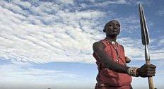 V Keni musejí členové tohoto kmene zabít větší zvíře než jsou oni sami pouhým oštěpem.