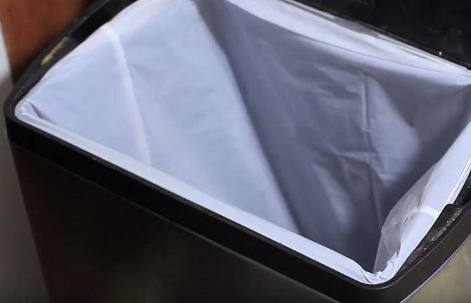 Ocet si poradí i se zapáchajícím odpadkovým košem.