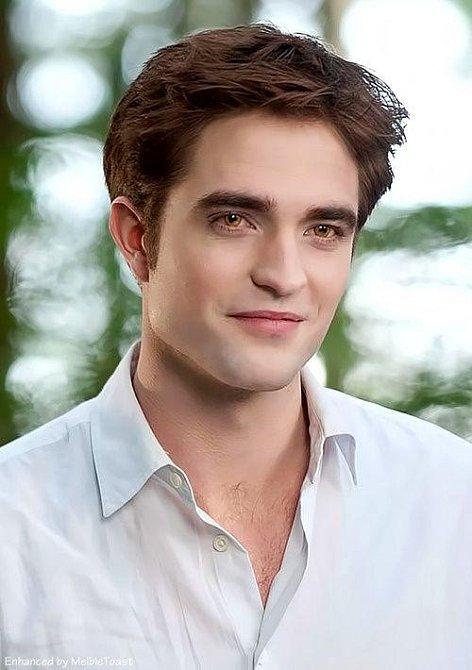 Robert Pattinson považuje ságu Stmívání za pěkný brak.