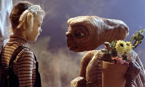 Drew Barrymore, E. T. Mimozemšťan