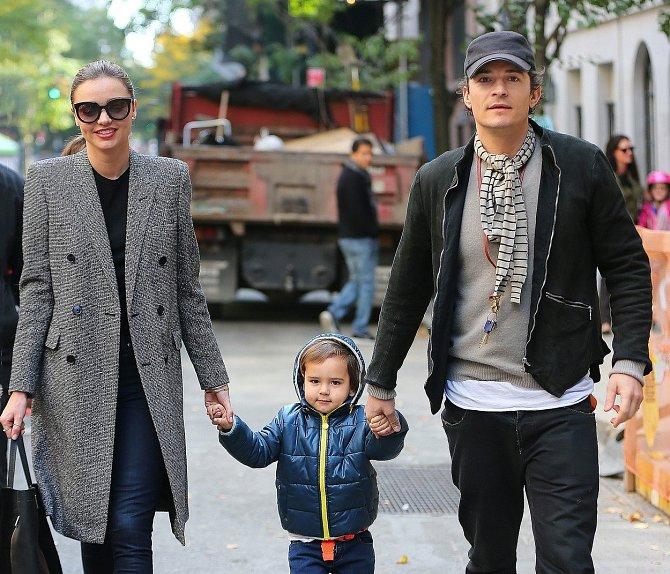 Orlando Bloom a Miranda Kerr se synem Flynnem