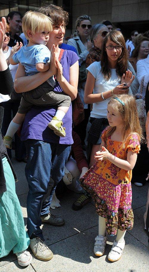 Lenka Vlasáková s dětmi