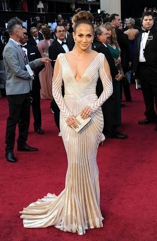 Jennifer Lopez v šatech Zuhair Murad