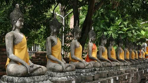 <p>Památky dosvědčují, že Thajsko bývalo bohatým královstvím.</p>