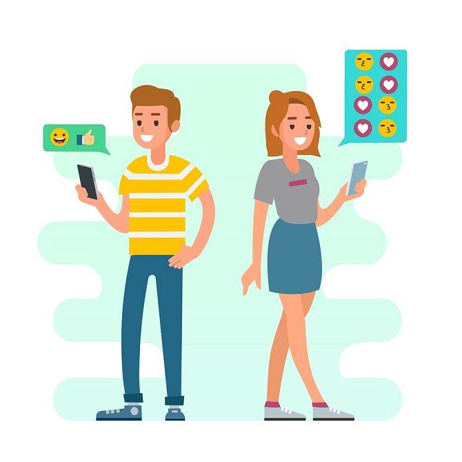 Ilustrační foto - komunikace muže a ženy přes SMS