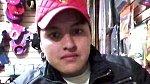 Oscar Otero Aguilar přišel tragicky o život, když pořizoval selfie se svou zbraní. Mladík bohužel nechtěně zmáčkl kromě tlačítka fotoaparátu i kohoutek své pistole.