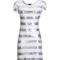 Oslnivé šaty