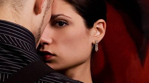Příběh Justýny: Jeho polibek mě málem zabil