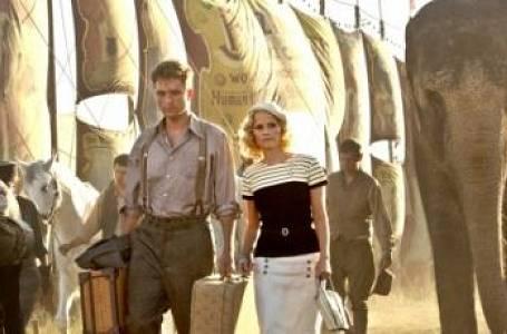 Voda pro slony: Romance v manéži