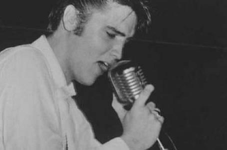 Legenda Elvis:  1 - Od narození po vojnu