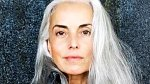 Yasmina Rossi - Šedesátiletá Yasmina je známá jako babička s postavou lepší, než ženy ve věku jejích vnuček! Yasmine preferuje čistý styl života, velkou část dne tráví v přírodě a fotografuje, každý den cvičí jógu a jí jen ...