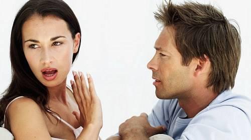 10 problémů, které ženy v partnerství štvou