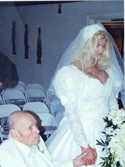 Anna Nicole Smith a J. Howard Marshall