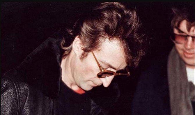John Lennon (+ 8. prosince 1980)