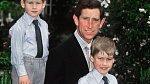 Po smrti princezny Diany musel být Charles chlapcům velkou oporou.