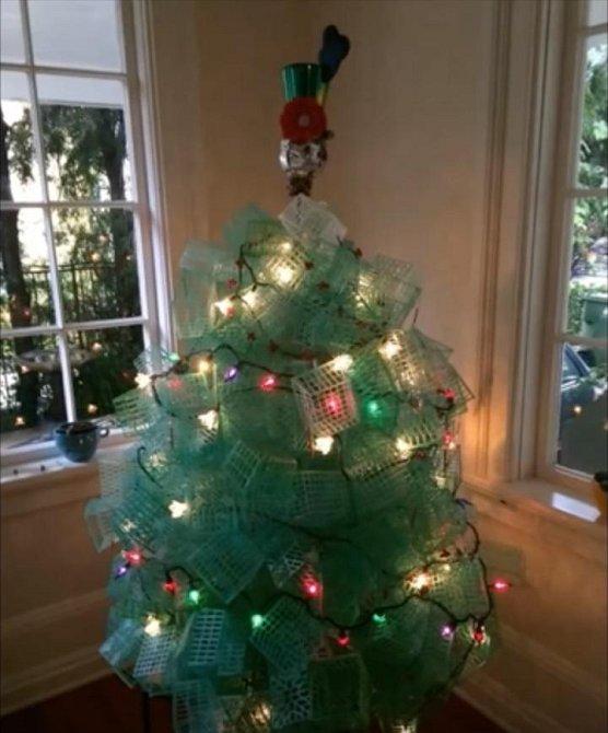 Nejpotrhlejší vánoční stromečky!