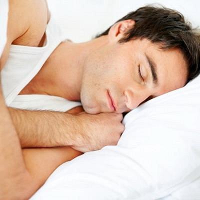 Polohy při spánku
