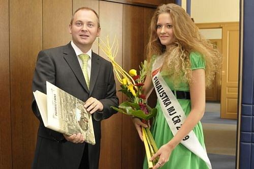Michal Hašek, Kateřina Chmelařová