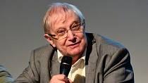 Jiří Suchý musel být převezen do nemocnice.