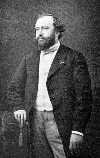Adolphe Sax - V mládí přežil pád z 3. patra a otravu
