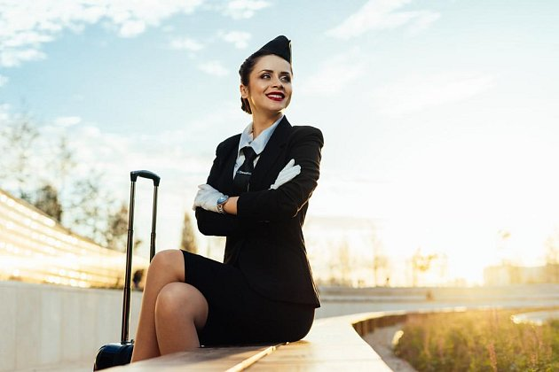 Letušky a další pracovnice letiště