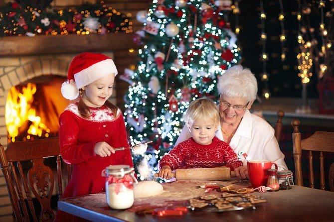 Další babičky rády vaří a pečou.