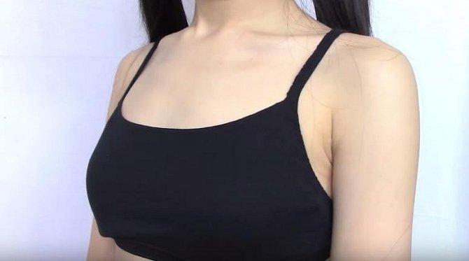 Neuvěřitelný fígl, jak z obyčejných kalhotek vyrobit krátký sexy top!