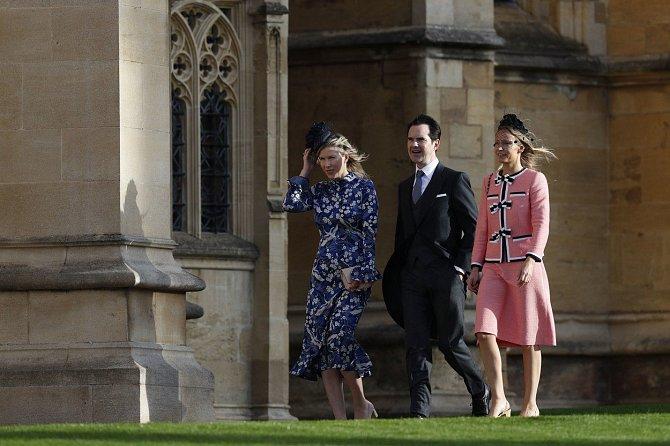 Britský komik Jimmy Carr přijel s manželkou Karoline Copping.