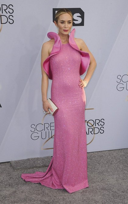 Emily Blunt vypadala v růžové fantasticky.