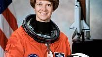 Eileen Collins byla první astronautkou, která celé misy šéfovala.