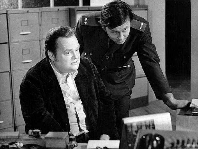 Jan Libíček a Jaroslav Satoranský ve filmu Muž z Londýna
