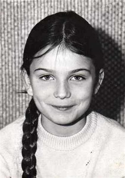 Paulina následovala rodiče do Švédska.