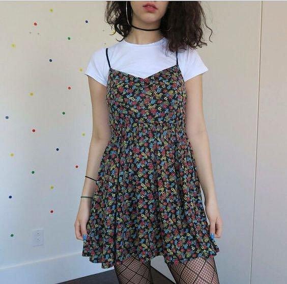 Květované babydoll šaty