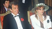 Belmondo měl s manželkou Élodie tři děti.